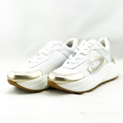 GUARDIANI γυναικείο δερμάτινο sneakers σε λευκό χρώμα με  χρυσές λεπτομέριες  και κορδόνι